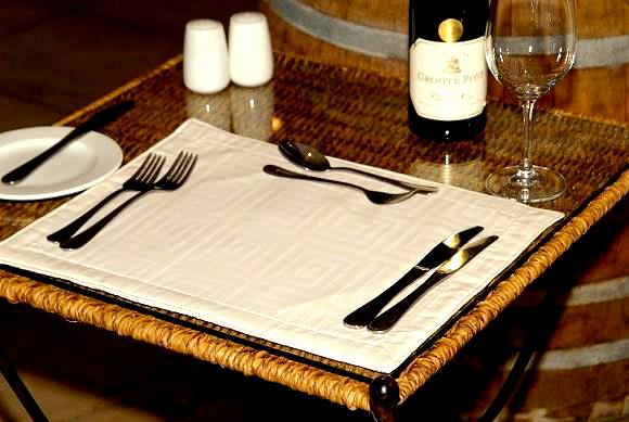 Placemat Damask Quilted